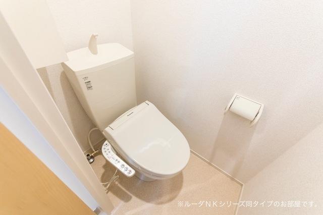 メルティングポット 琴寄Ⅰ 02030号室のトイレ