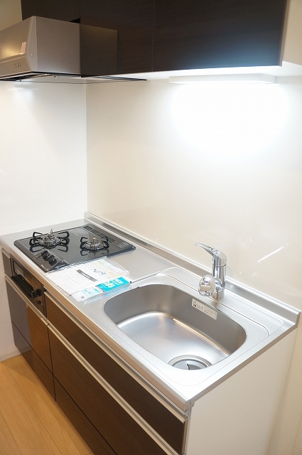 トロワボヌール西大宮 03050号室のキッチン