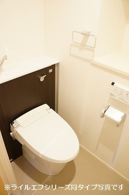 指扇マンション 05030号室のトイレ