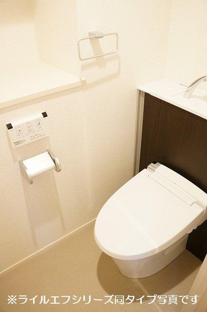 指扇マンション 05040号室のトイレ