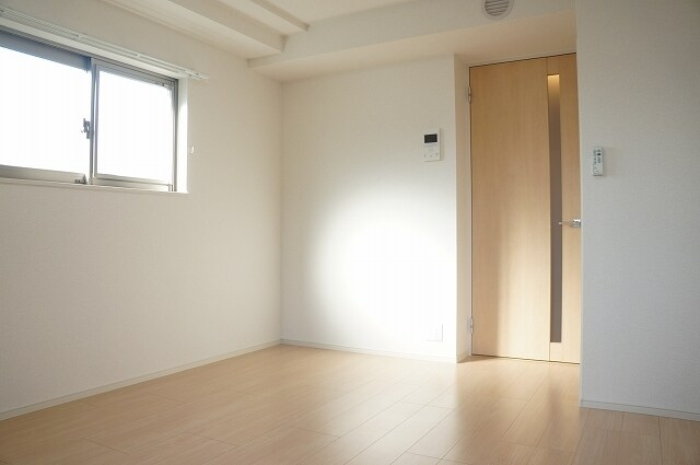 指扇マンション 05050号室の居室