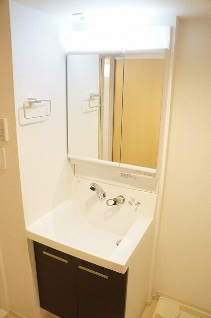 指扇マンション 05050号室の洗面所