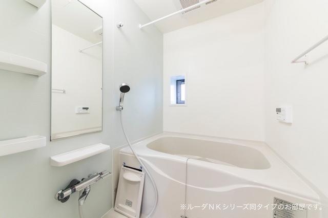 メルティングポット琴寄Ⅱ 02040号室の風呂