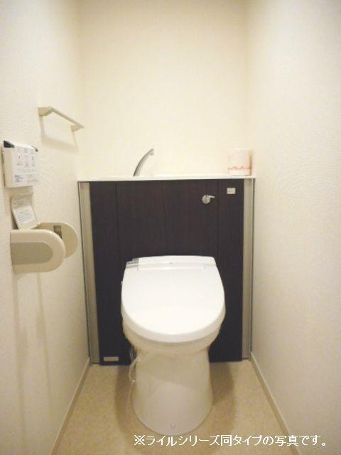 ユニゾン プリムローズⅡ 01030号室のトイレ