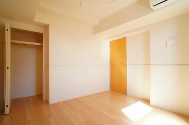 ユニゾン プリムローズⅡ 03030号室の収納