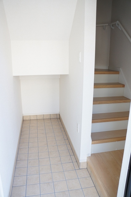 シュティル ラフレシール 03010号室の玄関