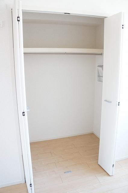 シュティル ラフレシール 03010号室の収納