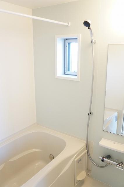 シュティル ラフレシール 03030号室の風呂