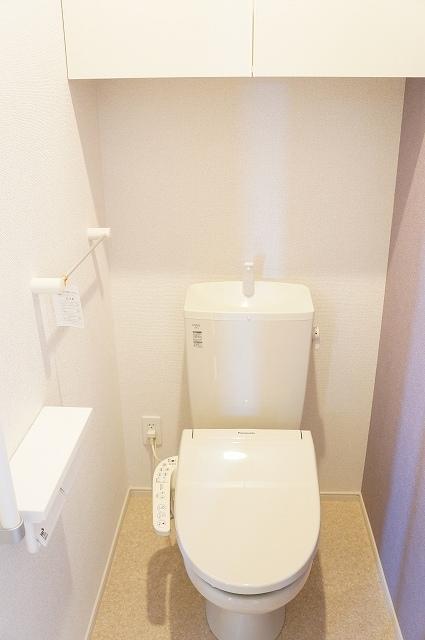 シュティル ラフレシール 03030号室のトイレ