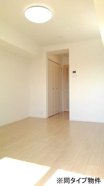 プロムローズST 01030号室の居室
