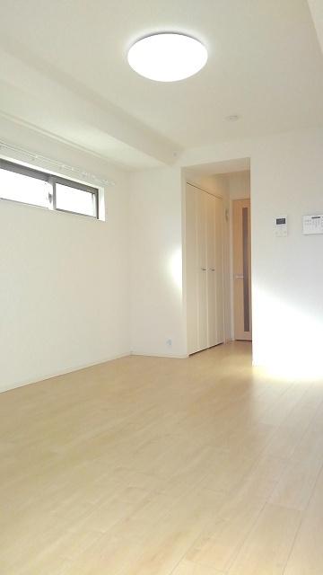 プロムローズST 02030号室の居室
