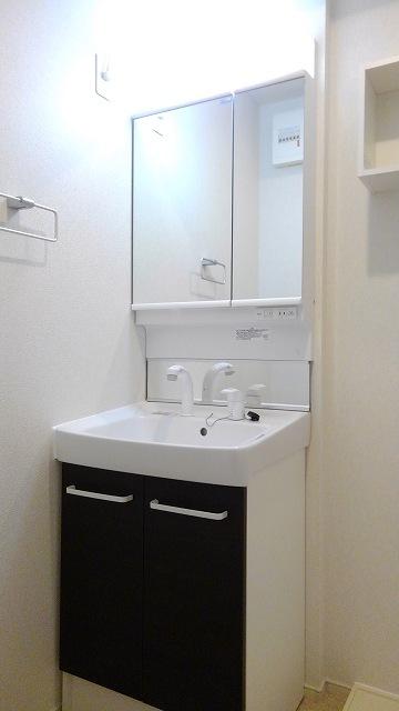 プロムローズST 03020号室の洗面所