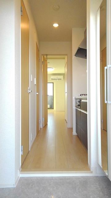 プロムローズST 03020号室の玄関