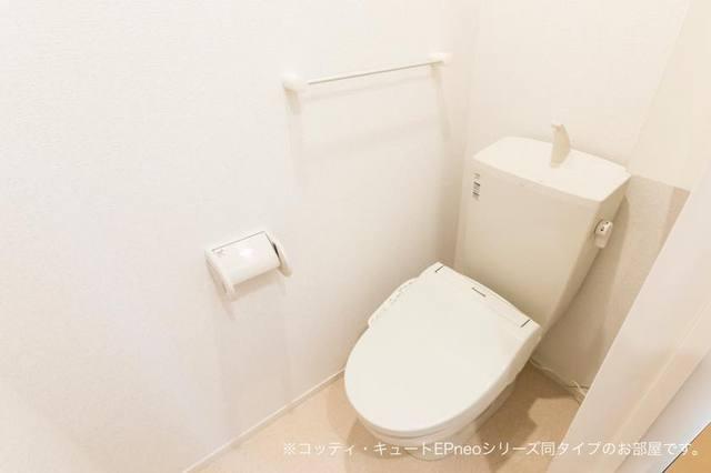 マローネⅢ 01010号室のトイレ