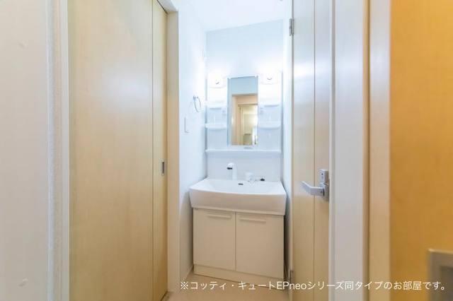 マローネⅢ 01020号室の洗面所