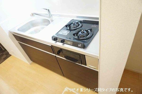 リーブル 01030号室のキッチン