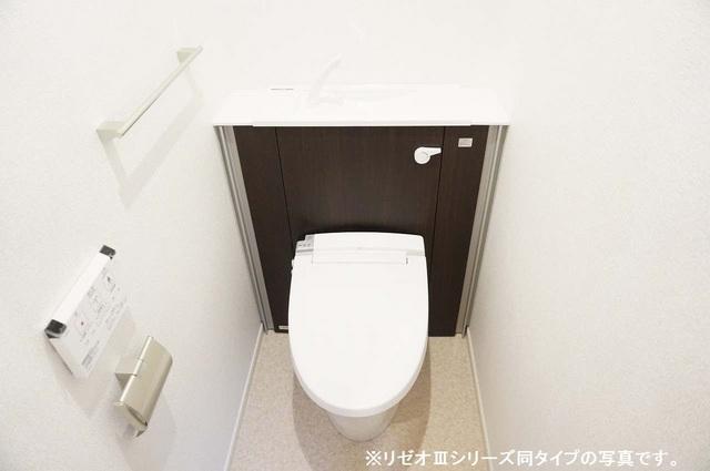 リーブル 01030号室のトイレ