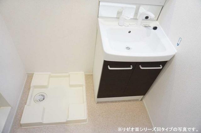 リーブル 03010号室の洗面所