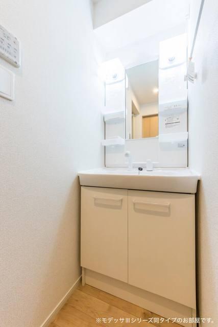 リベルテA 01010号室の洗面所