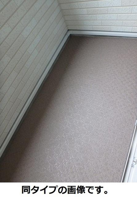 WIN12 02030号室のバルコニー