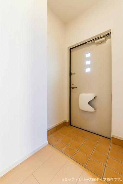 カーサ・ユーク 01010号室の玄関