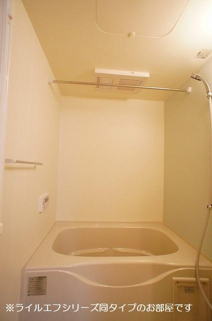 サニー・ブライト桜木 01020号室の風呂