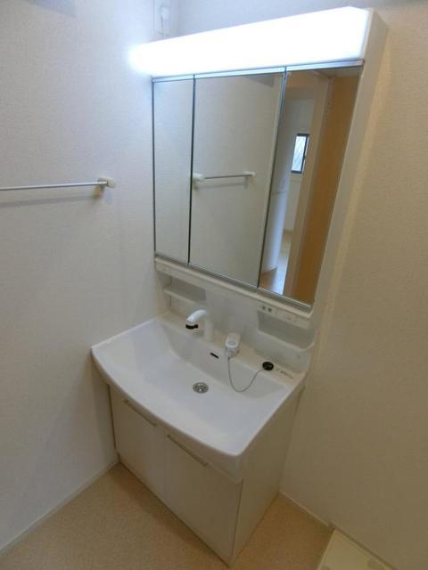 カーサ・エスクランⅡ 01030号室の洗面所