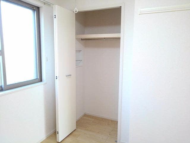 グレート・フォンテーヌⅡ 01010号室の収納