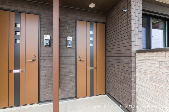 エスポワール道 01050号室のエントランス