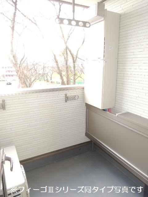 ブリリアント ガーデン 02010号室のバルコニー