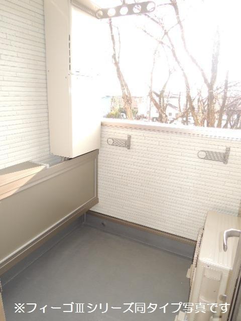 ブリリアント ガーデン 02040号室のバルコニー