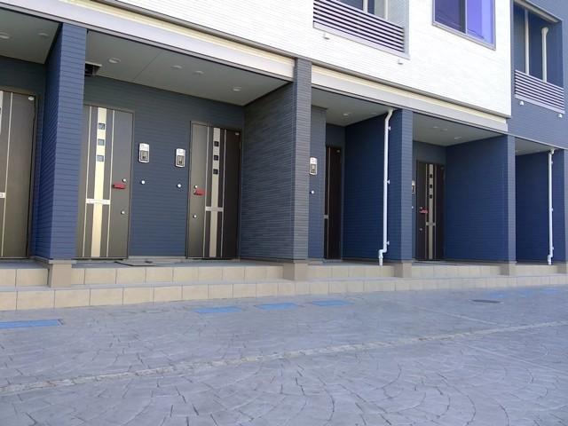 ブリリアント ガーデン 03030号室の駐車場