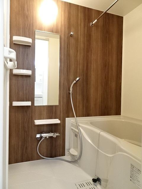 サニーコート駿河台 02020号室の風呂