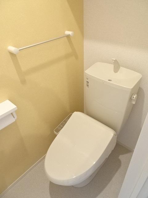 サニーコート駿河台 02020号室のトイレ