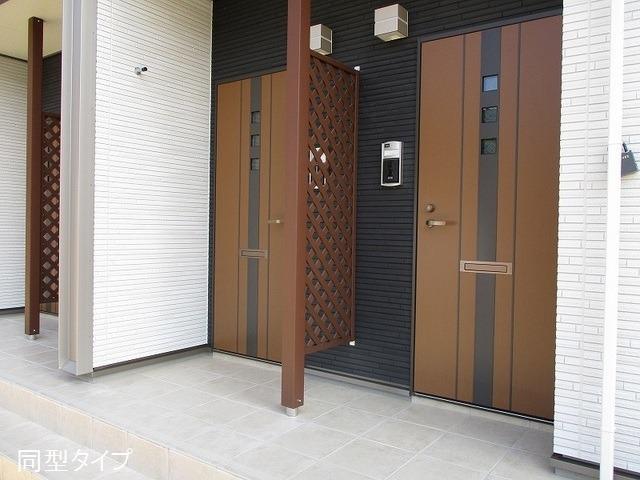 アソシエ 01020号室のエントランス