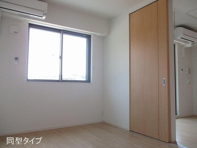 アソシエ 01020号室のベッドルーム