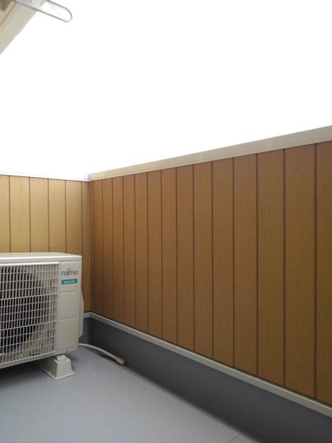 メゾン・ラフレシール B 02020号室の玄関