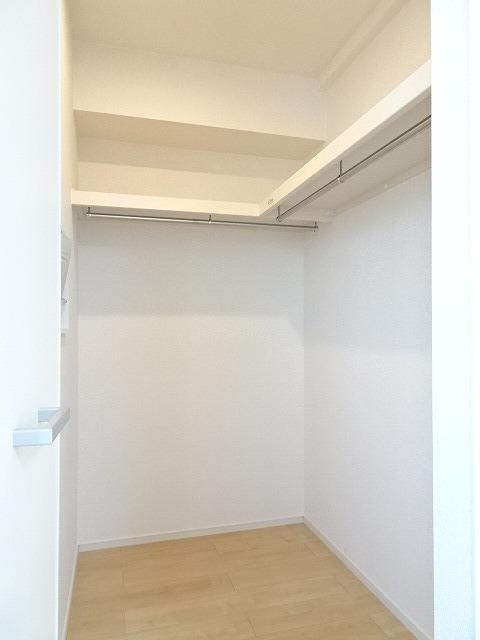シャルマン 01010号室の収納