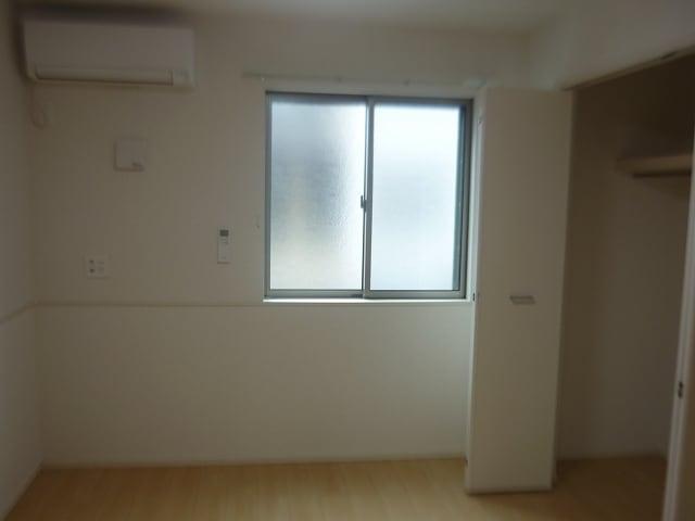 カファーラJ 01010号室の玄関