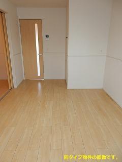 スックワームJ 01010号室のリビング