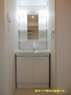 スックワームJ 01010号室の洗面所