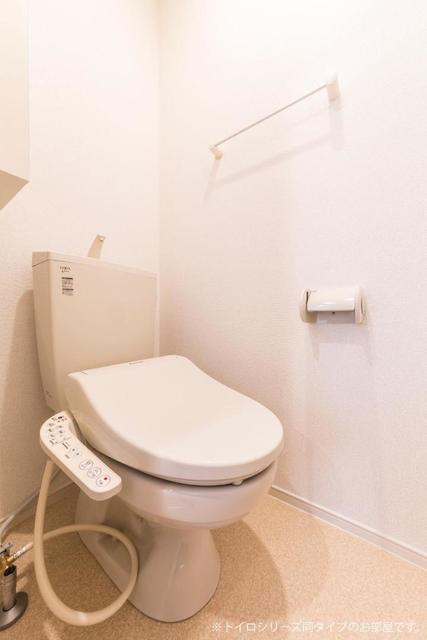 メゾンシャルマン 02020号室のトイレ