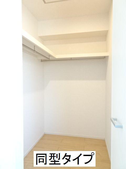 カーサ ブローテF 02020号室の収納