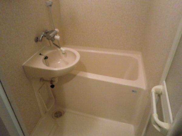 フェニックス目黒 403号室の風呂