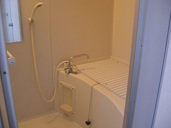 アーバンコア7 201号室の風呂