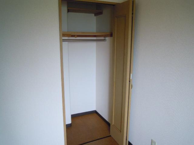 フィオーレ新宿 409号室の収納