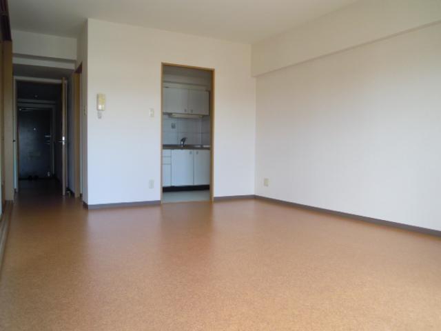 フィオーレ新宿 409号室のリビング
