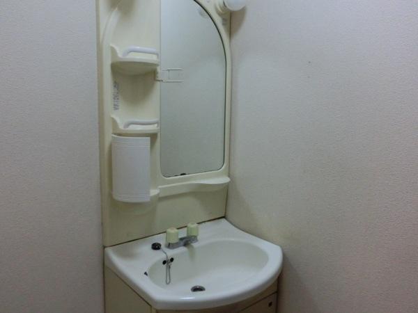 オードリーマンション 302号室の洗面所