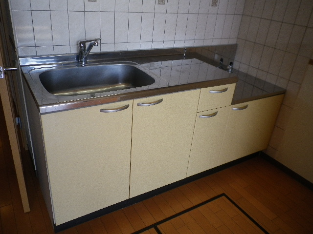 ルネス ドゥ エクスアン プロヴァンス 202号室のキッチン
