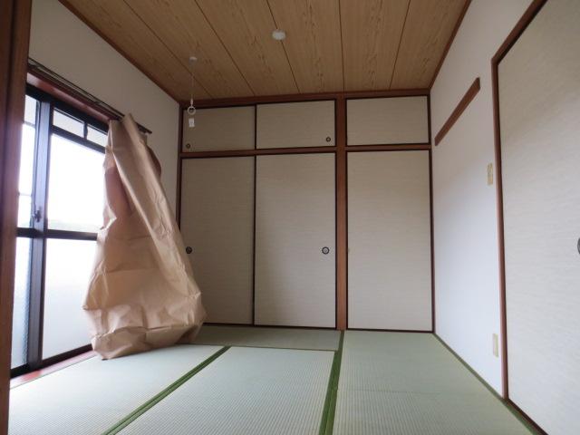 メルベーユ三芳野 203号室のベッドルーム